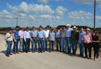 Visit by Mexican Cattle Feeders Aims to Bolster Corn Trade
