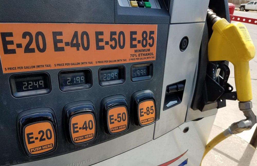 https://kscorn.com/wp-content/uploads/2017/07/KS-Corn-Building-Markets-Ethanol-KCC-image.jpg
